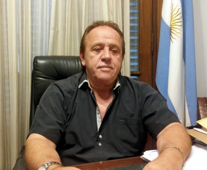 http://arbia.com.ar/imagenes/Alvarez2.jpg
