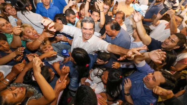 http://arbia.com.ar/imagenes/Capi_ganador.jpg