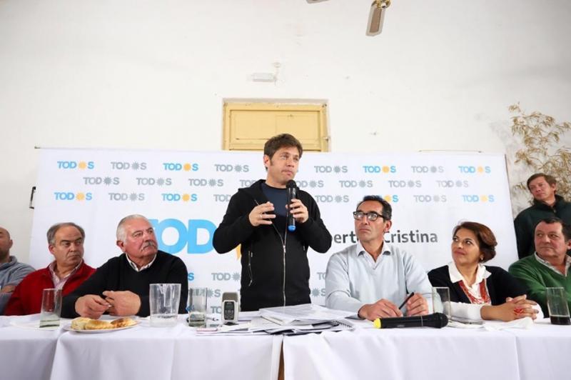 http://arbia.com.ar/imagenes/Mauro_en_Cachari.jpg