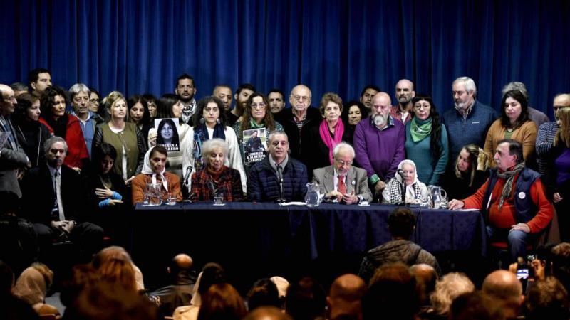 http://arbia.com.ar/imagenes/Mil_diputados-nacionales.jpg