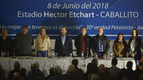 http://arbia.com.ar/imagenes/PJusticialista-congreso.jpg