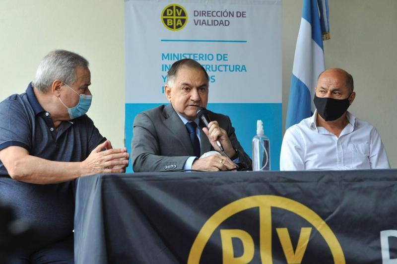 http://arbia.com.ar/imagenes/Pereyra_Obras.jpeg