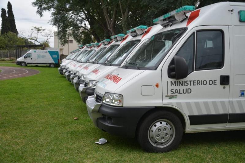 http://arbia.com.ar/imagenes/ambulancias.jpeg