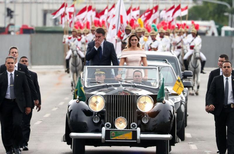http://arbia.com.ar/imagenes/bolsonaro2.jpg