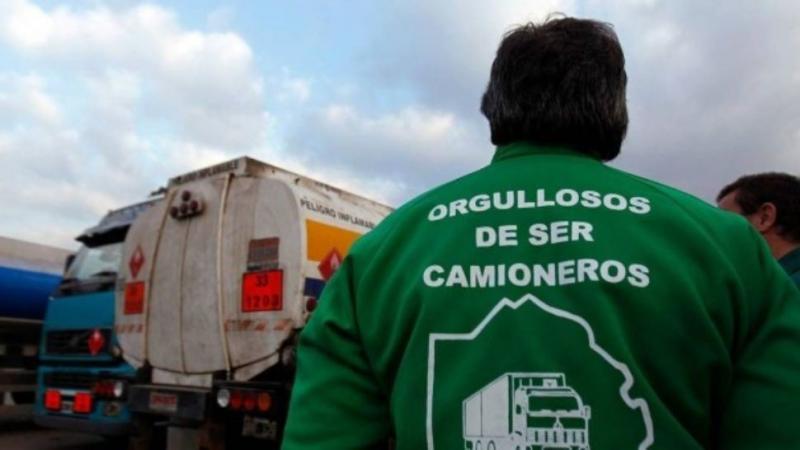 http://arbia.com.ar/imagenes/camioneros2.jpg