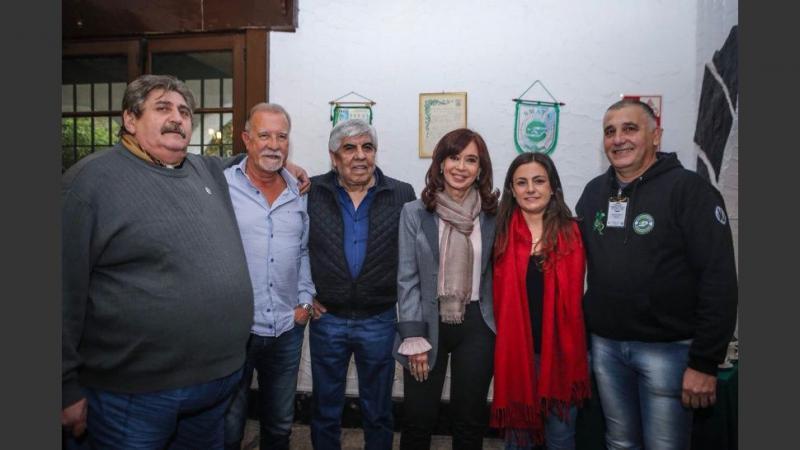 http://arbia.com.ar/imagenes/cristina_smata.jpg