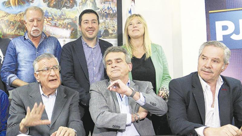 http://arbia.com.ar/imagenes/gioja3.jpg