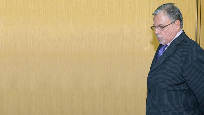 http://arbia.com.ar/imagenes/lazzari.jpg