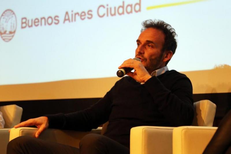 http://arbia.com.ar/imagenes/lobo.jpeg