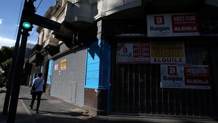 http://arbia.com.ar/imagenes/locales_cerrados.jpg