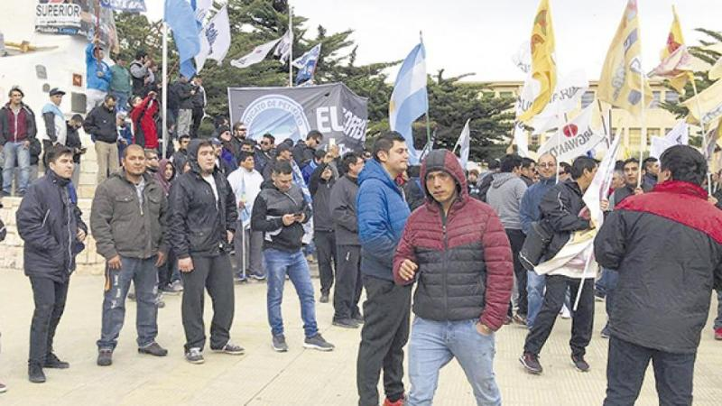 http://arbia.com.ar/imagenes/patagonia_desempleo.jpg