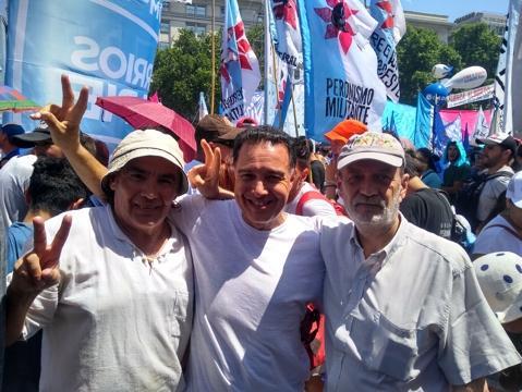 http://arbia.com.ar/imagenes/plaza_2.jpg
