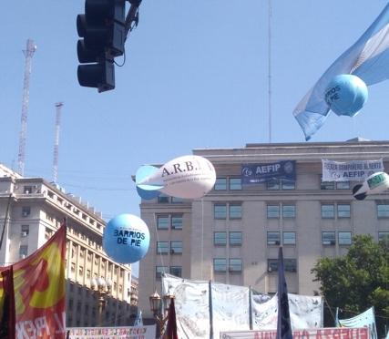 http://arbia.com.ar/imagenes/plaza_4.jpg