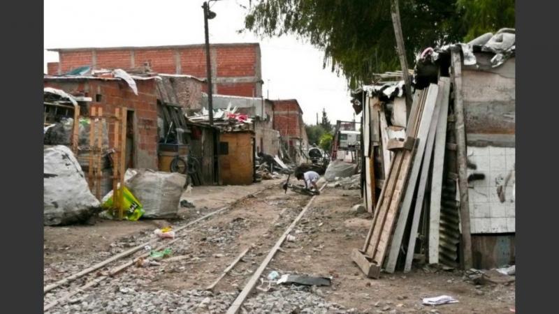 http://arbia.com.ar/imagenes/pobreza.jpg