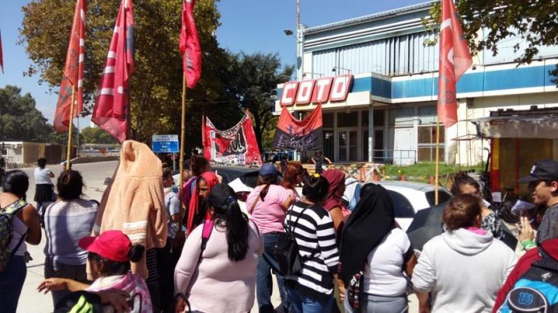 http://arbia.com.ar/imagenes/protesta.jpeg